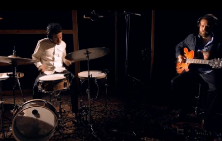 Jonathan Barber featuring Sunhouse