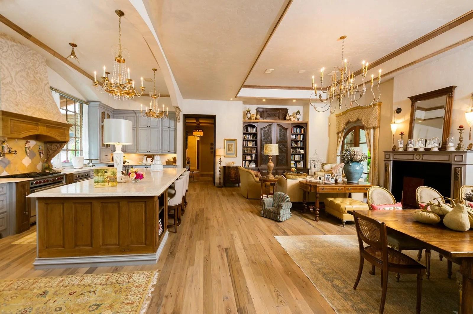 San Antonio Luxury Real Estate Photography  Jonathan Ivy