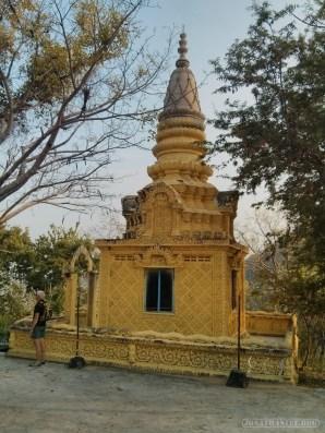Battambang - killing cave temple 4