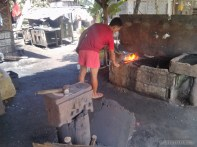 Bohol tour - knife forging 2