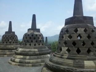 Borobudur - stupas 3