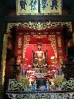 Hanoi - Temple of Literature alter 1