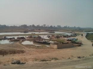 Mandalay - biking around Ayeyarwady river 1