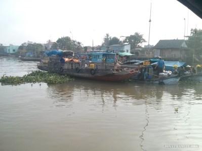 Mekong boat tour - floating market 3
