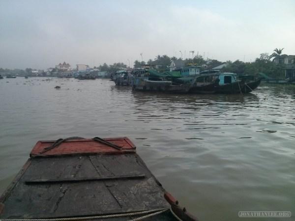 Mekong boat tour - floating market 4