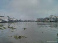 Mekong boat tour - riverside town 3