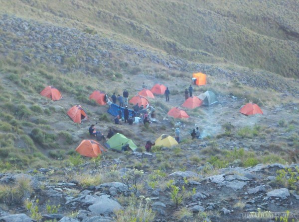 Mount Rinjani - second day early camp