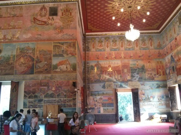 Nong Khai - Wat Phochai mural 4