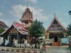 Nong Khai - river road temple 3