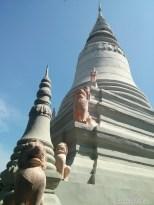 Phnom Penh - Wat Phnom spire