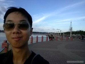 Puerto Princesa - Baywalk park portrait