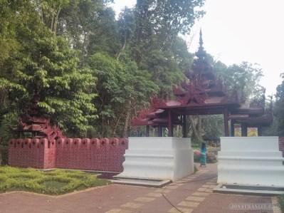Pyin U Lwin - National Kandawgyi Gardens 3