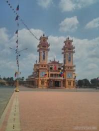 Saigon - Cao Dai temple 4