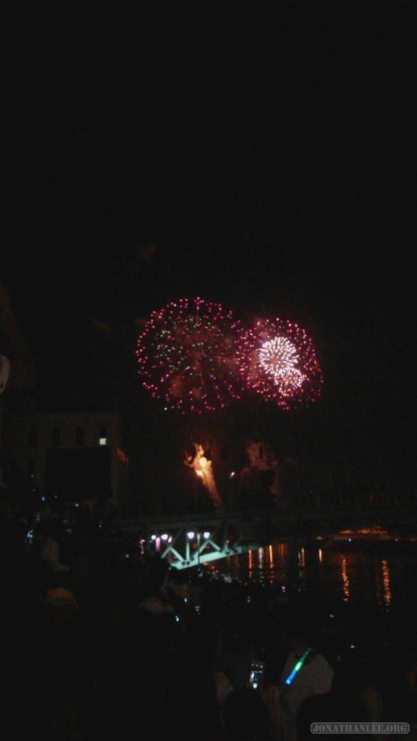 Saigon during Tet - fireworks 2