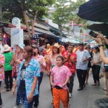 Songkran in Bangkok - Chatuchak parade 1