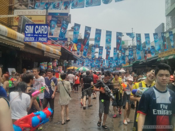 Songkran in Bangkok - Khao San Road 4