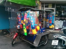 Songkran in Bangkok - water guns for sale 2
