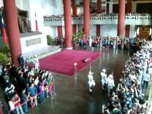 Sun Yat-Sen memorial - changing of guard 1