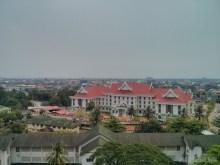 Vientiane - Patuxai view east