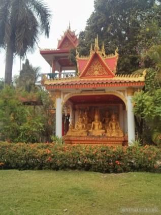 Vientiane - near Pha That Luang 3