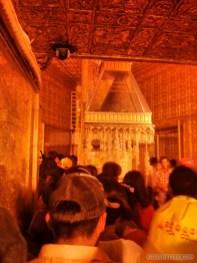 Yangon - Botahtaung pagoda Buddha hair 1
