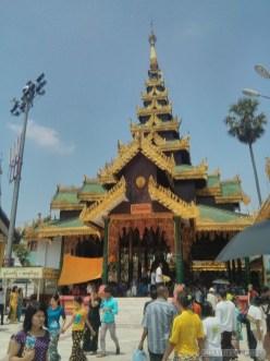 Yangon - Shwedagon pagoda 8
