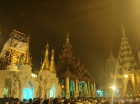 Yangon - Shwedagon pagoda at night 10