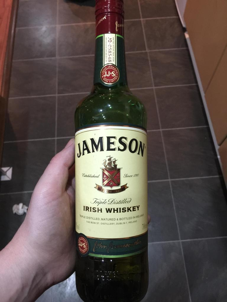 Read more about the article Jamieson Irish Whiskey
