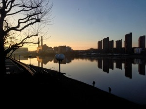 Sunset over the Thames by Wandsworth Bridge, December 2013