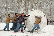 180px-Giant_snowball_Oxford