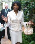 256px-Oprah_Winfrey_(2004)