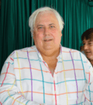 220px-Clive_Palmer,_December_2012,_cropped