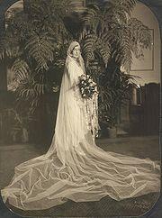 180px-Bride1929