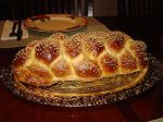 275px-Challah_Bread_Six_Braid_1