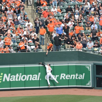 Orioles vs. Twins, March 29, 2018: Craig Gentry robs a home run.