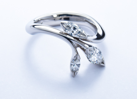 floral platinum ring with