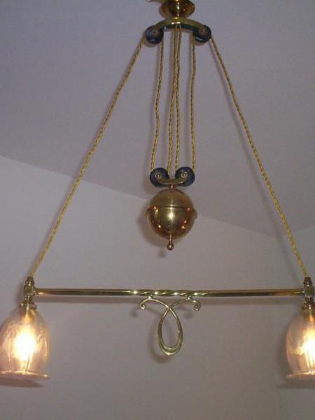 "Edwardian brass ""rise & fall"" hanging lamp, circa 1910"