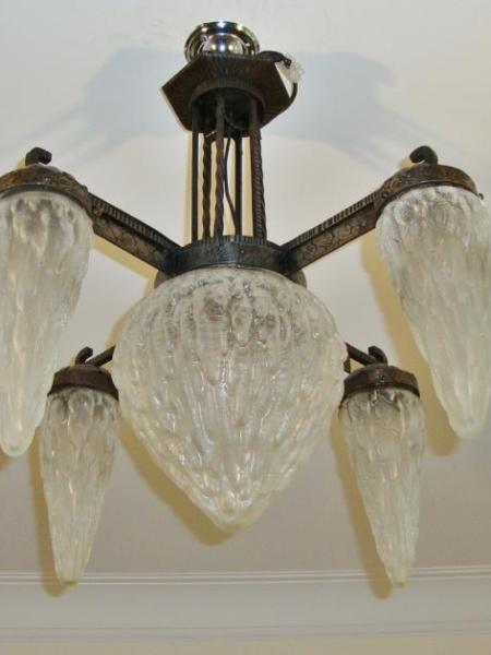 """Unusual French art deco """"icicle"""" ceiling light, circa 1935"""