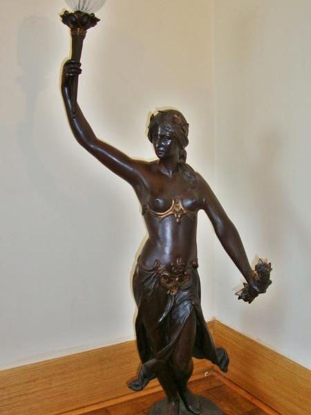 French bronzed-metal neo-classical figural lamp, circa 1900