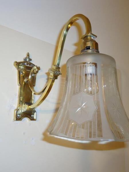 Edwardian cast-brass wall lights, circa 1910