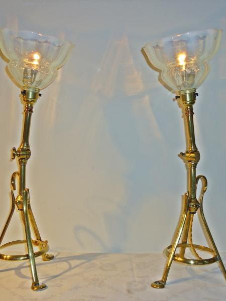 Pair brass arts and crafts adjustable table lamps, circa 1905