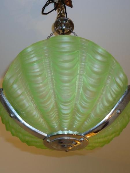 "English art deco ""shell"" plafonnier, circa 1930"