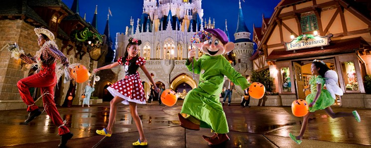 Magic Kingdom Park Tickets for Holiday Events Go On Sale May 5th