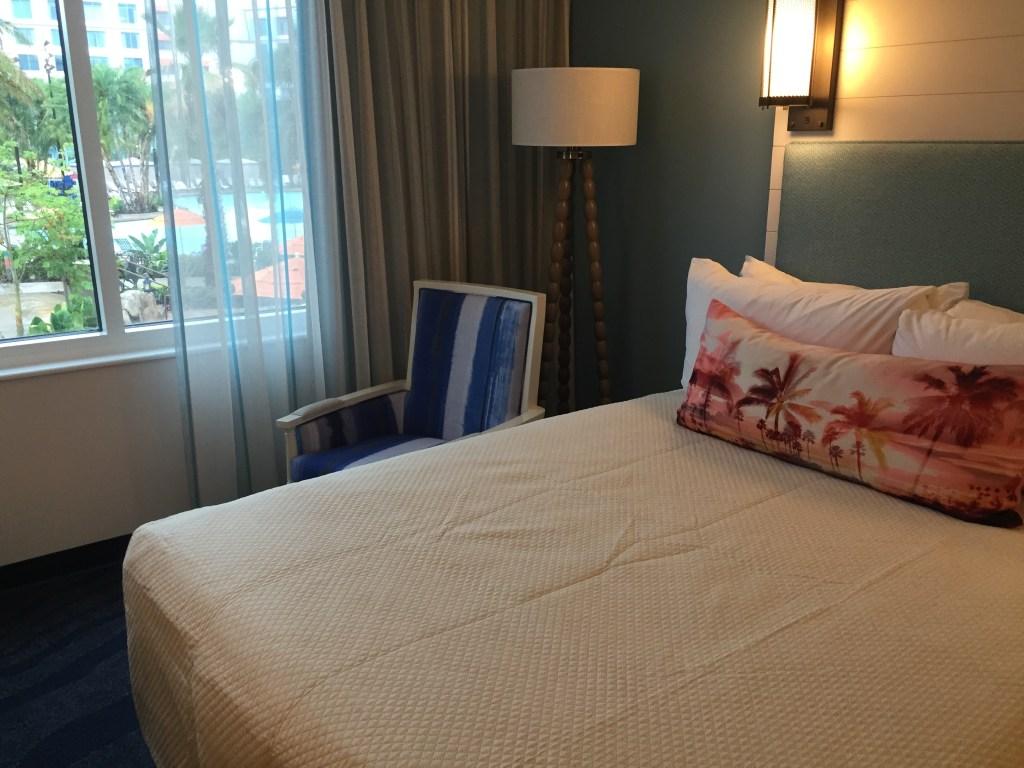 Sapphire Falls Standard Room Pool View