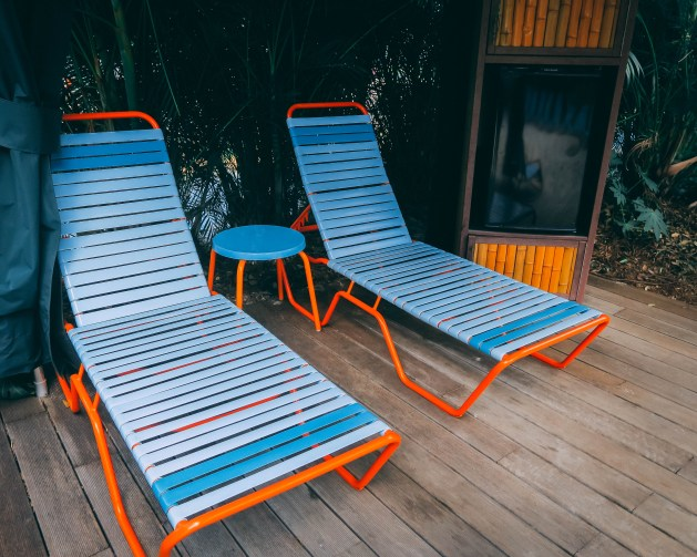 beach lounger rentals at aqautica water park