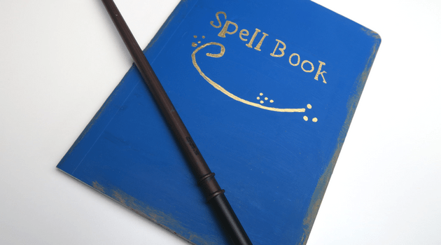 Harry Potter DIY | How to Make a Harry Potter Spell Book