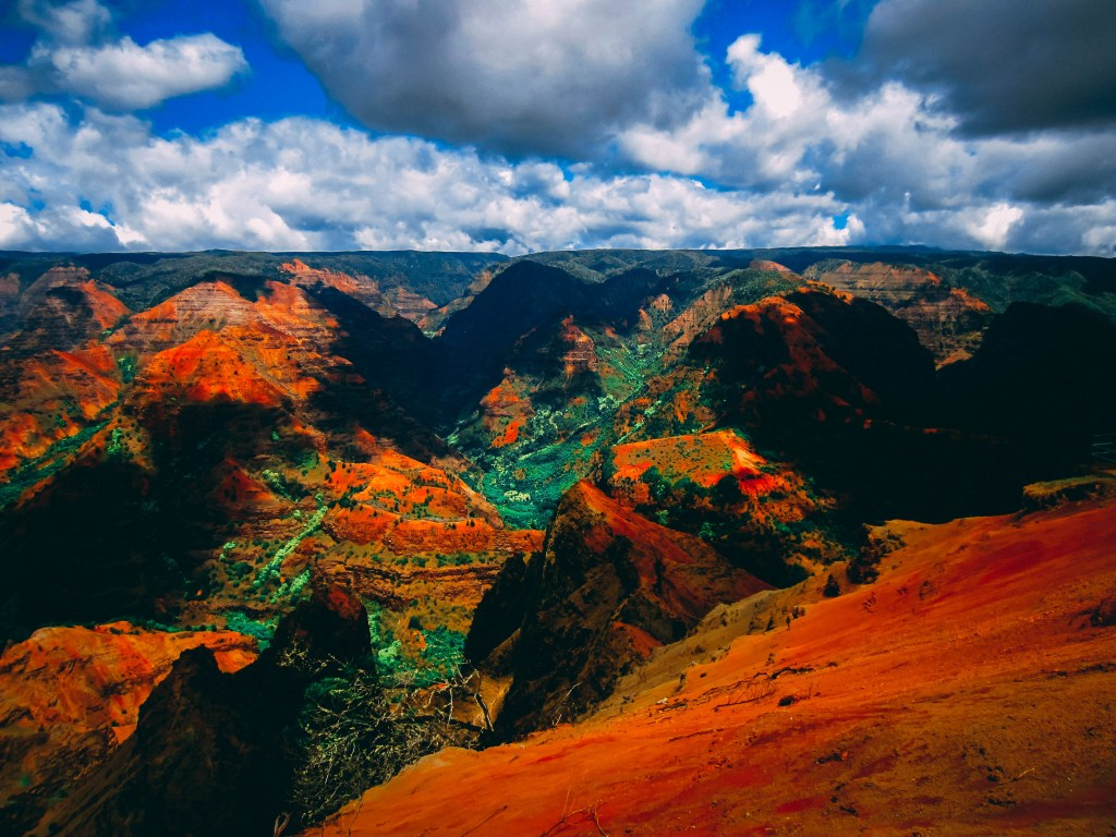 best hawaiian island grand canyon of the pacific
