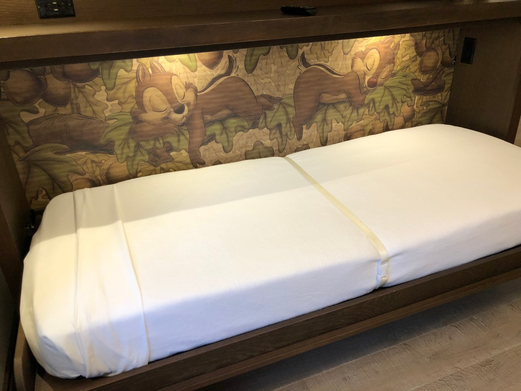 Copper Creek Cabins Chip n Dale Murphy Bed