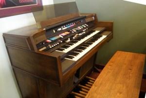 Console Organ