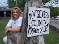 060701-37 Mt_ Ida Possum Queen Throne with Angela